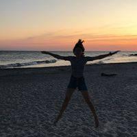 Veronika Mashurova's avatar'